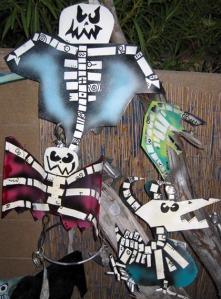 Melange of dead things on a dead tree/Art and photo by Ryn Gargulinski