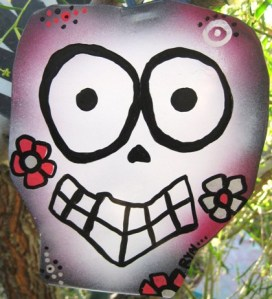 AZMouse's prize mini sugar skull/Art and photo Ryn Gargulinski